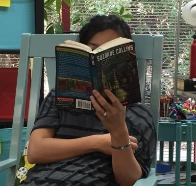 professor hong reading
